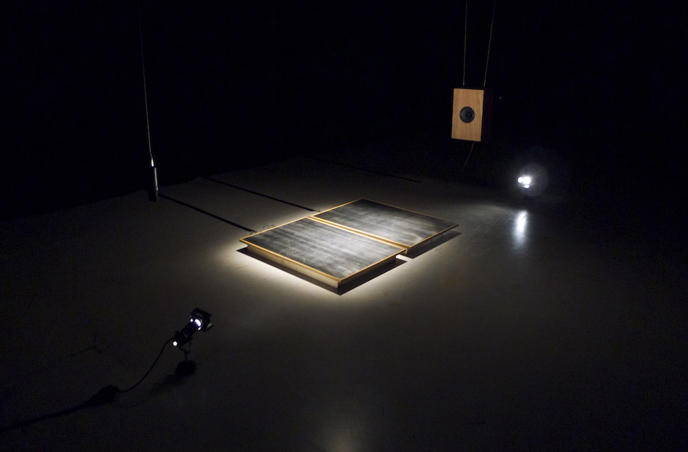 Jonathan Reus - Satellite Skin 02 web